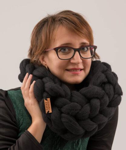 fular lana merinos negru